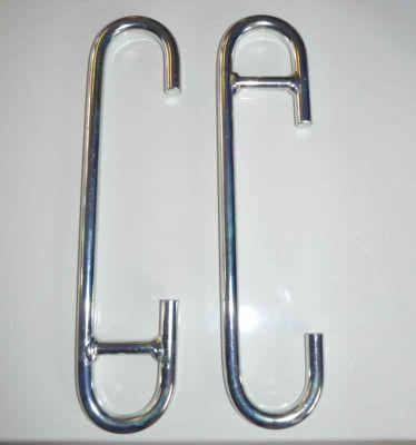 2 piling pins